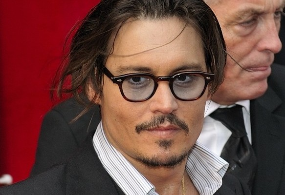 Johnny_Depp_July_2009_2-e1310487682963